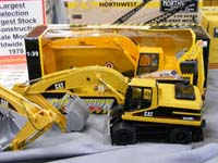Construction Truck Scale Model Toy Show IMCATS-2009-085-s
