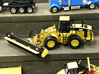 Construction Truck Scale Model Toy Show IMCATS-2010-057-s