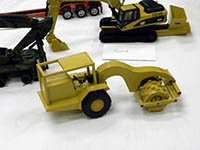Construction Truck Scale Model Toy Show IMCATS-2010-140-s