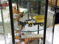 Construction Truck Scale Model Toy Show IMCATS-2011-025-s