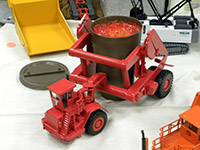 Construction Truck Scale Model Toy Show IMCATS-2012-040-s